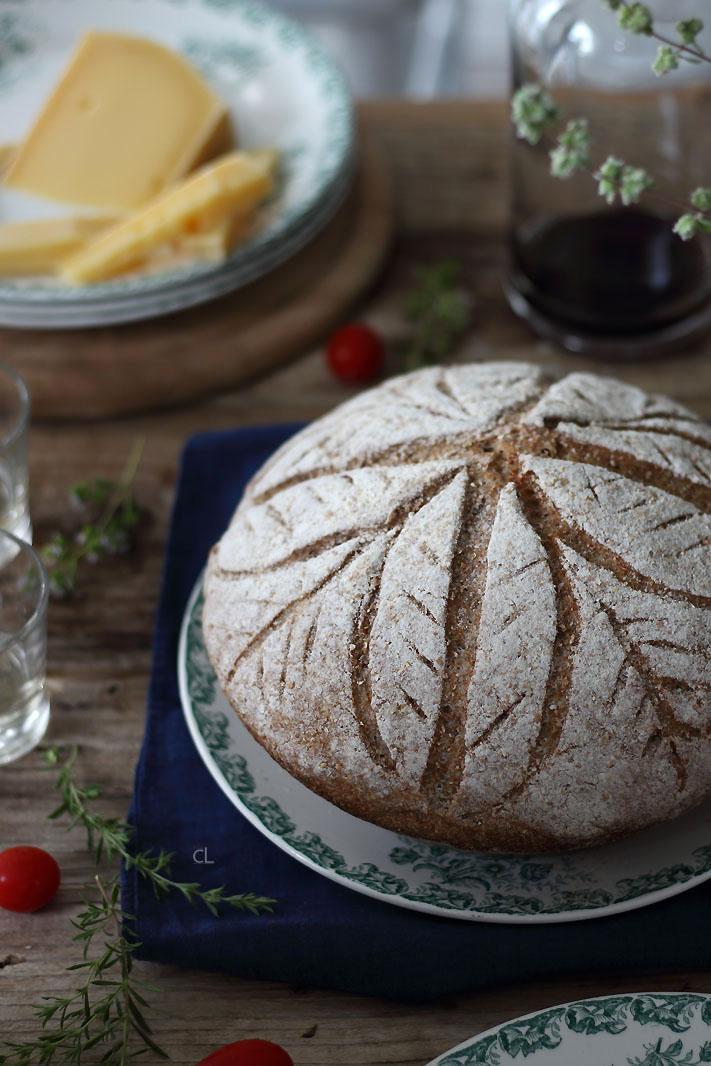 Danzano le ore sul fare, nasce un pane integrale.