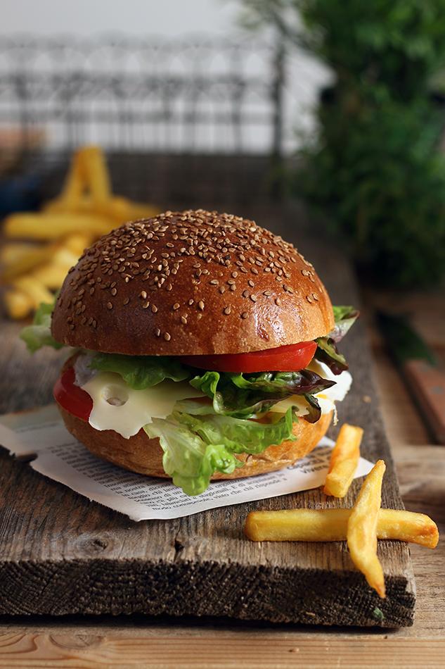 Burger buns, e la cena del sabato sera.
